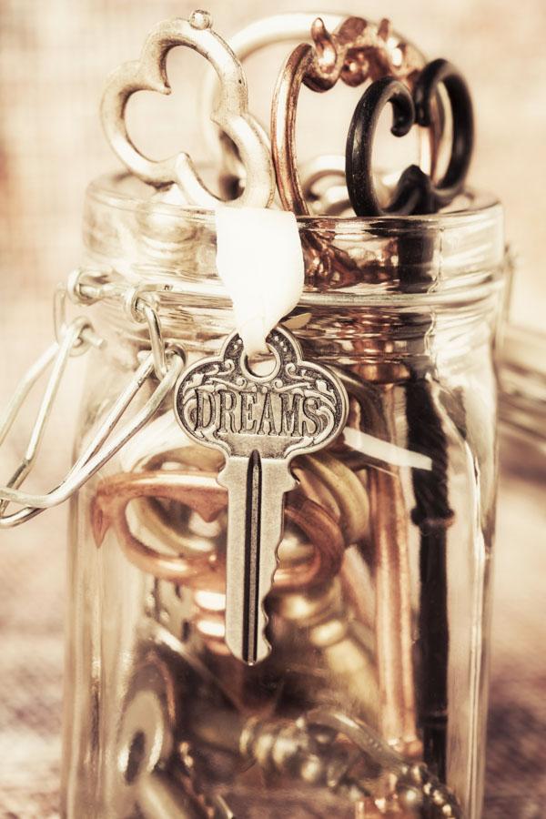 Jar of dream keys