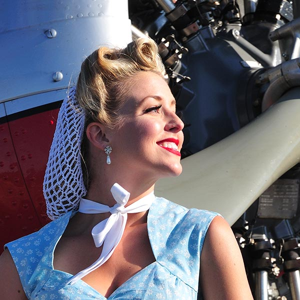 Vintage beauty with 1940's hairnet