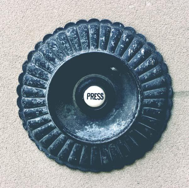 Vintage servant door bell